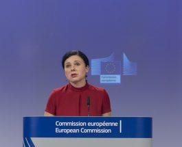Decalajul salarial între femei și bărbați în România, cel mai redus nivel din UE