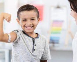 Vaccinare: Comisia Europeană și Organizația Mondială a Sănătății își unesc forțele pentru a promova beneficiile vaccinurilor